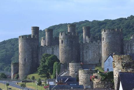 A Midsummer Night's Dream at Conwy Castle